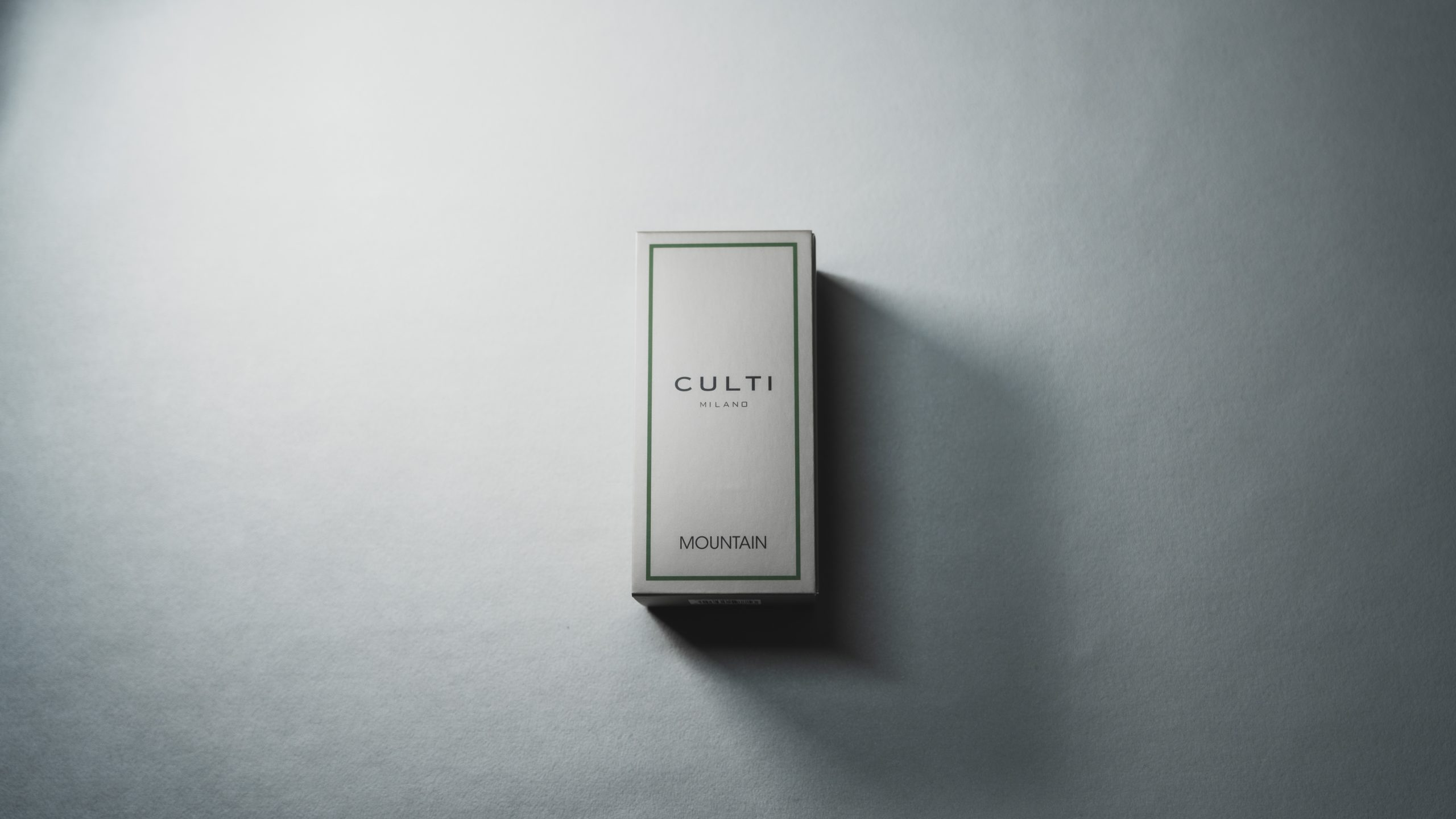 CULTI(クルティ)のルームフレグランス MOUNTAINをレビュー!開封、外箱