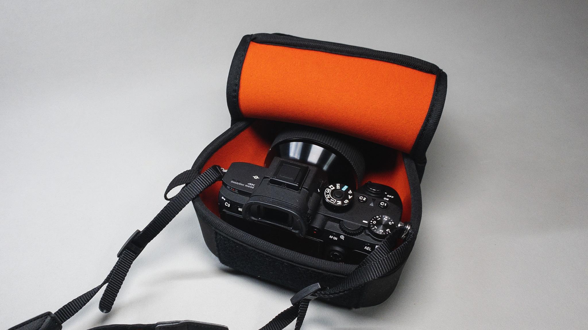 MoNomad運営者のカメラ機材|HAKUBAのソフトケース