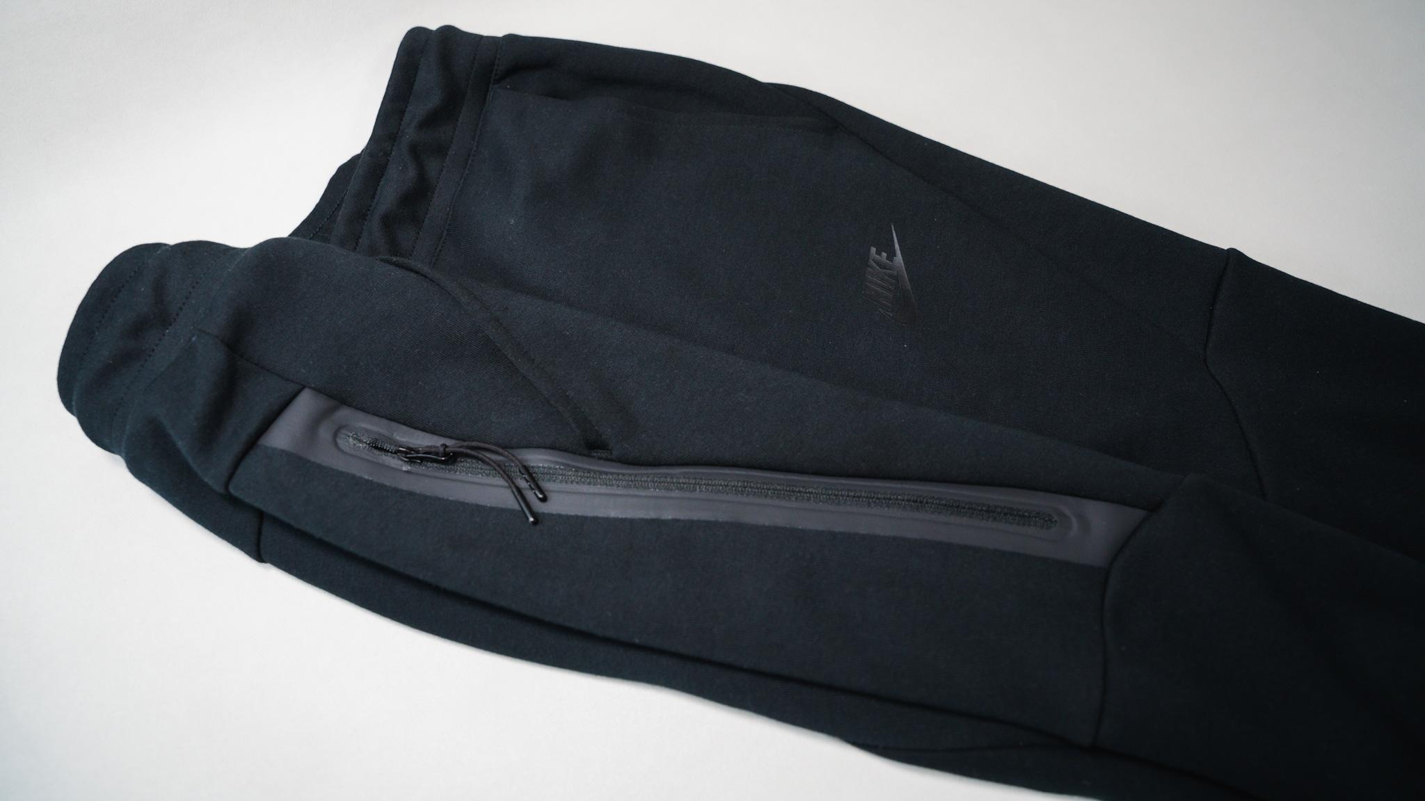 【レビュー】NIKE(ナイキ) テックフリース ジョガーパンツ ジッパー式のサイドポケット