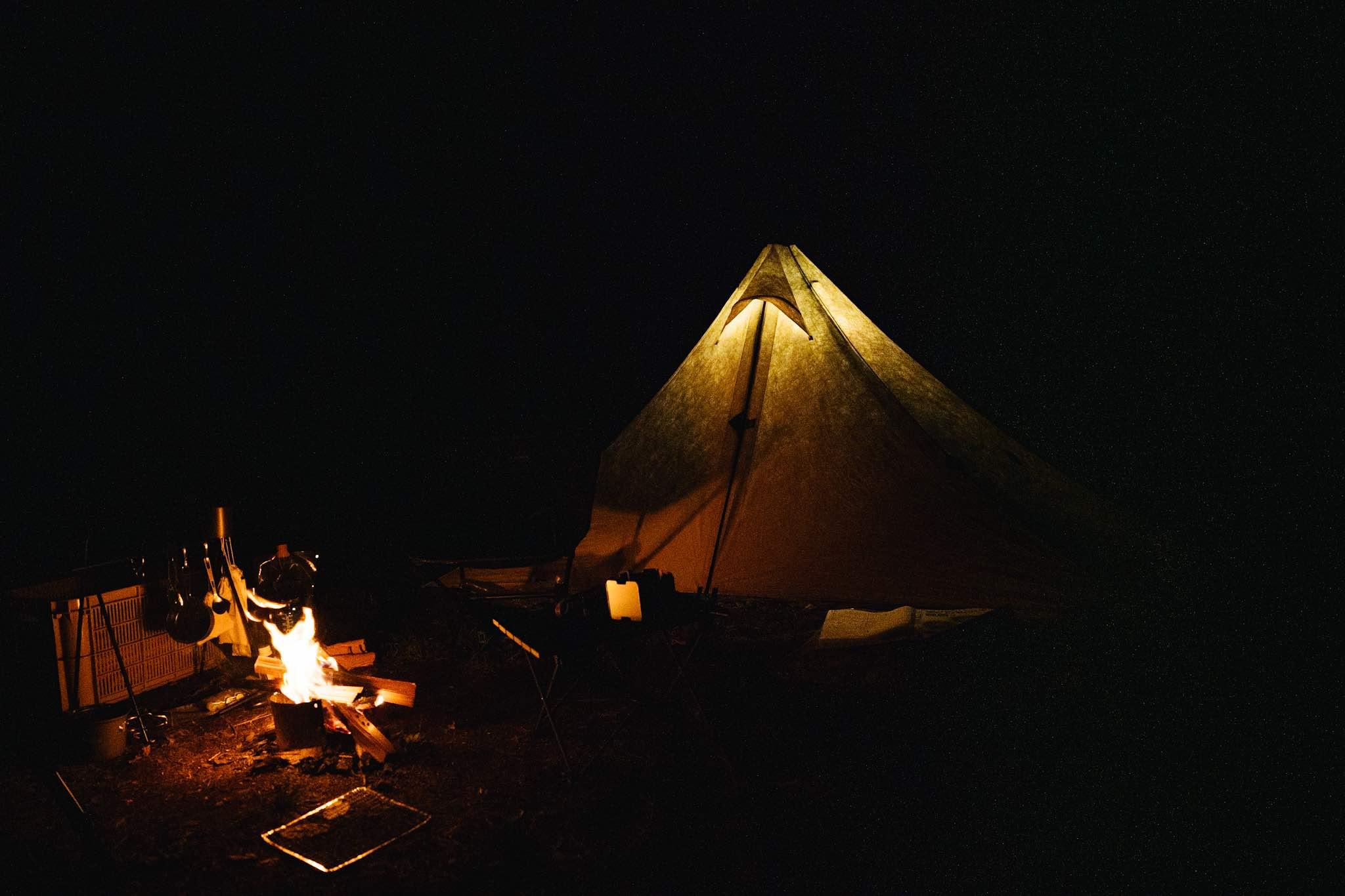 ソロキャンプにおすすめな焚き火台とは?|押さえておきたい3つのポイント