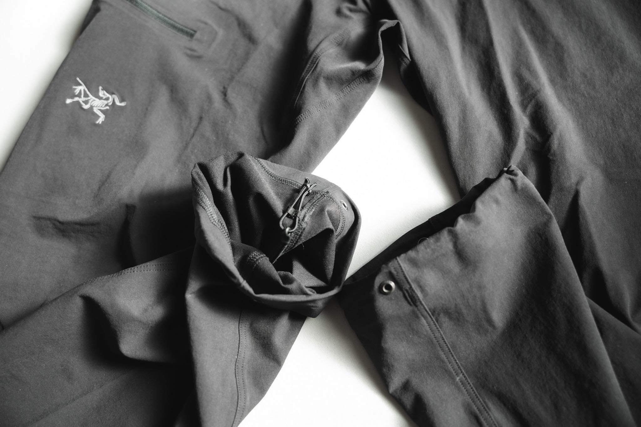 ARC'TERYX(アークテリクス)ガンマLTパンツ|調節可能なパンツ裾のドローコード
