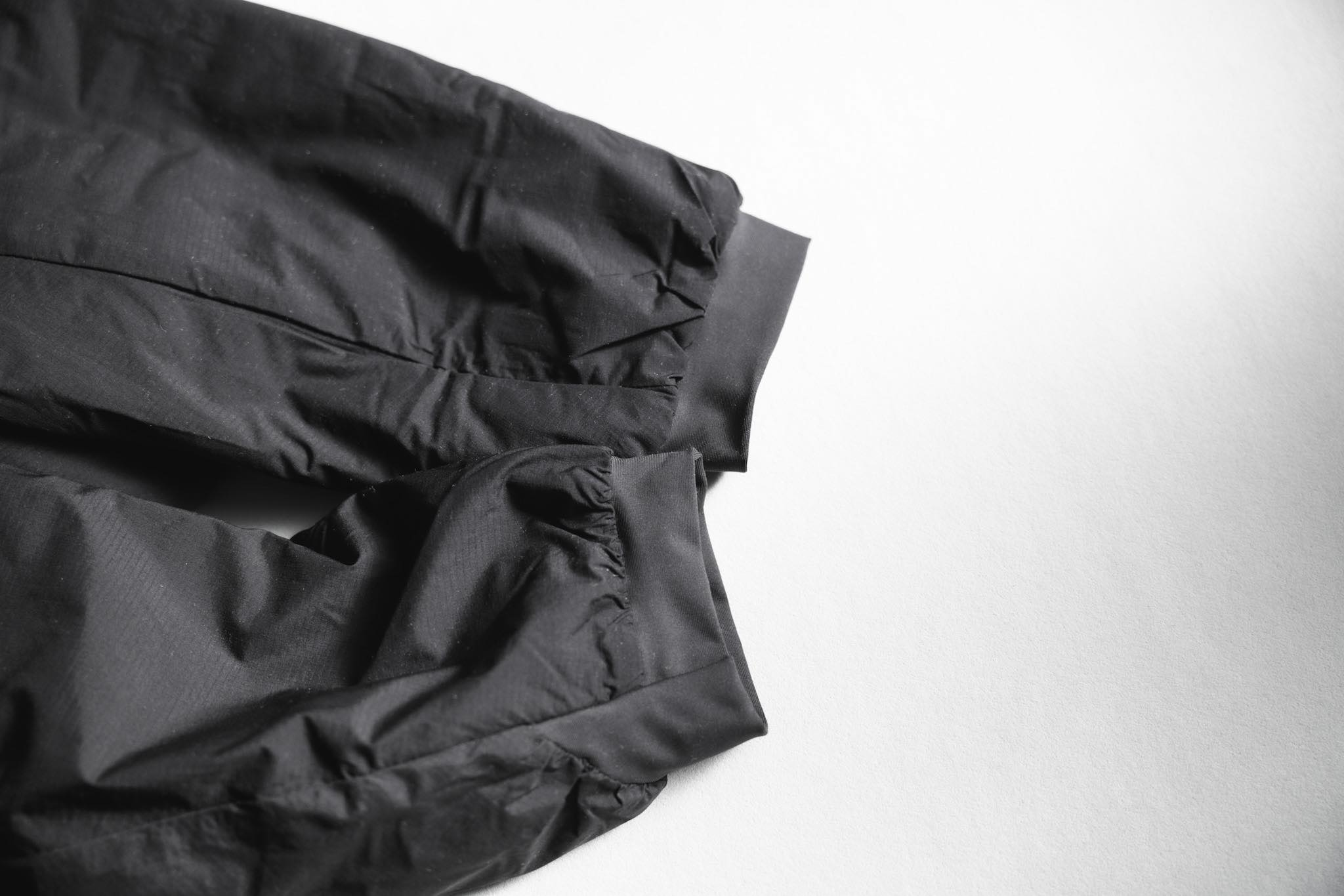 ARC'TERYX(アークテリクス)アトムLT|袖口はストレッチテープで風を防ぐ