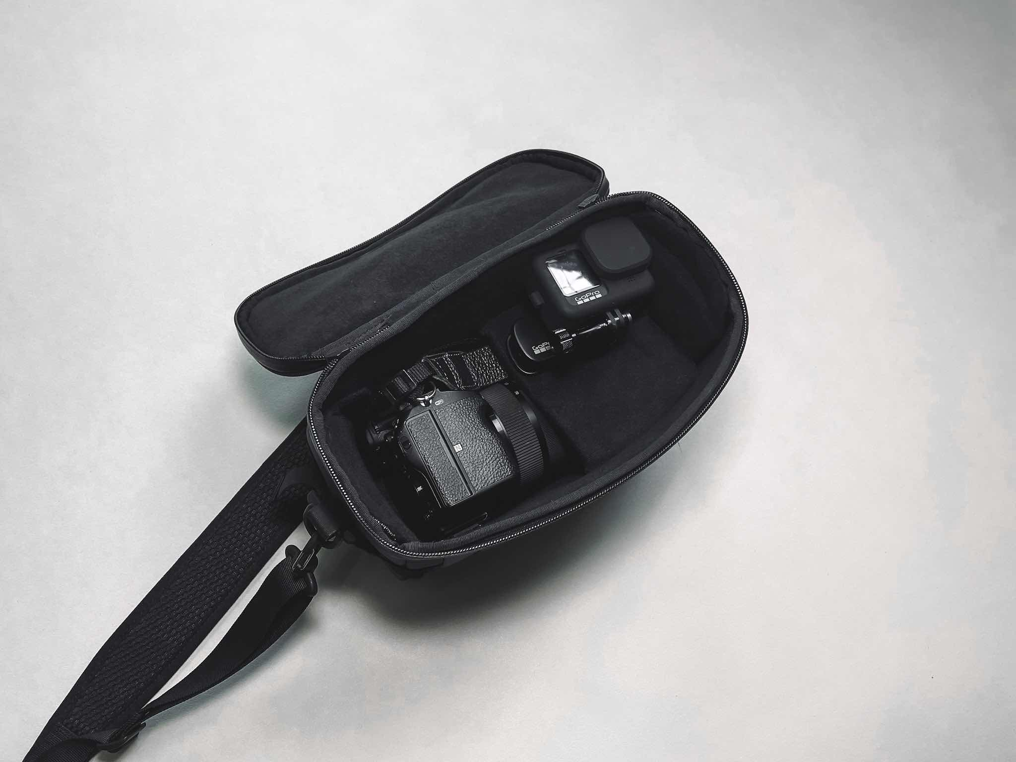 Black Ember CITADEL DSLR 収納例